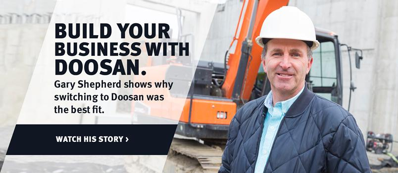 Doosan DX140LC-5 crawler excavator and customer in a video testimonial.